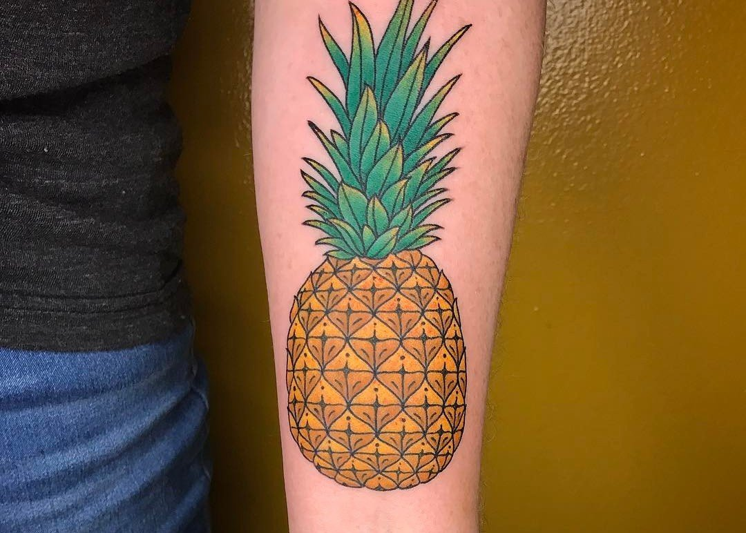 37 Fresh Pineapple Tattoo Designs for Tropical Vibes